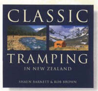 Cover of Classic tramping in New Zealand