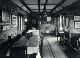 Interior, Sign Of The Kiwi
